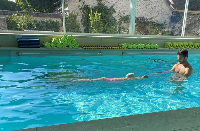 Apprentissage à la nage pour les enfants de 3 à 8 ans